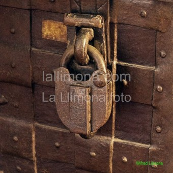 Candado F00315 Wifred Llimona · Fotos artísticas cerraduras y picaportes