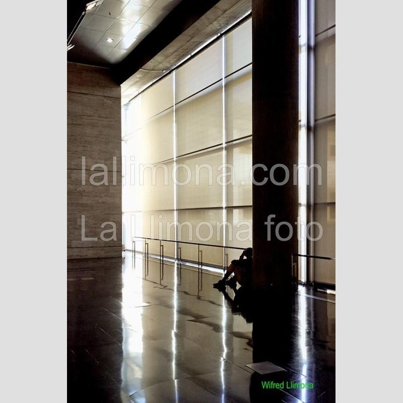 Interior edificio F00335 · Autor: Wifred Llimona · Fotografías artísticas espacios · La Llimona foto