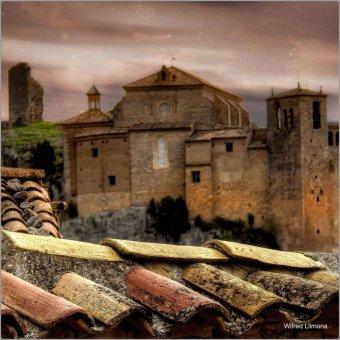 Fotografía Colegiata de Alquezar F00854 Wifred Llimona · Fotografías artísticas paisajes urbanos · La Llimona foto