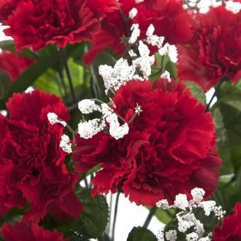 Ramo flores artificiales claveles rojos y gypsophila · Ramos cementerio flores artificiales 3 · La Llimona home