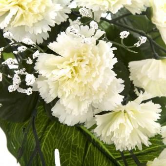 Ramo flores artificiales claveles blancos y gypsophila · Ramos cementerio flores artificiales 3