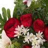 Ramo ranúnculos artificiales rojos y liliums blancos - Funerario - Ramos flores artificiales 2