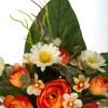 Ramo margaritas y ranúnculos artificiales naranja 30 · Flor artificial · Funerario · Ramos flores artificiales cementerio