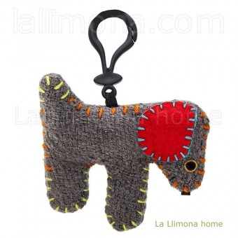 Natural Life llavero perro mancha roja lana · Natural Life 2